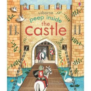 Peep Inside the Castle /książeczka z okienkami/