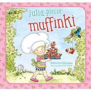 Julia piecze mufinki